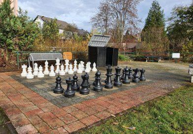 """Schachfeld im """"Park der Generationen"""" strahlt in neuem Glanz"""